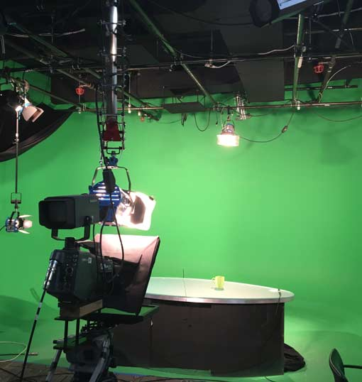light source for green screen sound stage studio rental