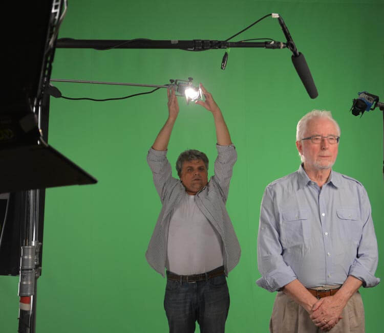 Arié Ohayon and Bill Milling working on a low-budget Green Screen production