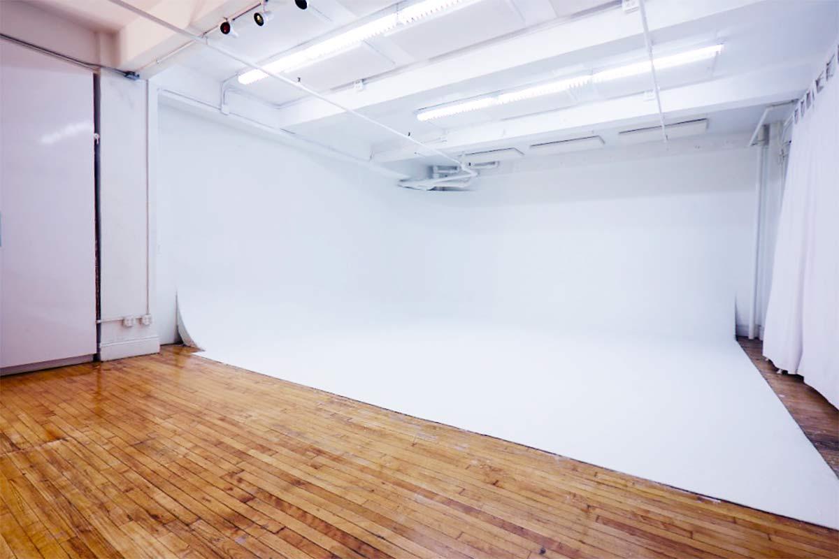 Chelsea 26th Street Studio 5