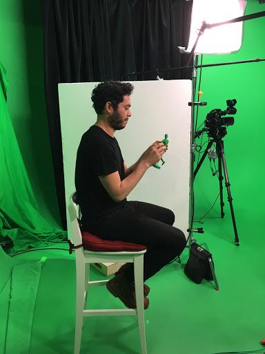Lighting a Green Screen 2