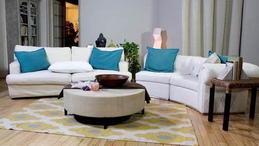 Living room - white sofas - table