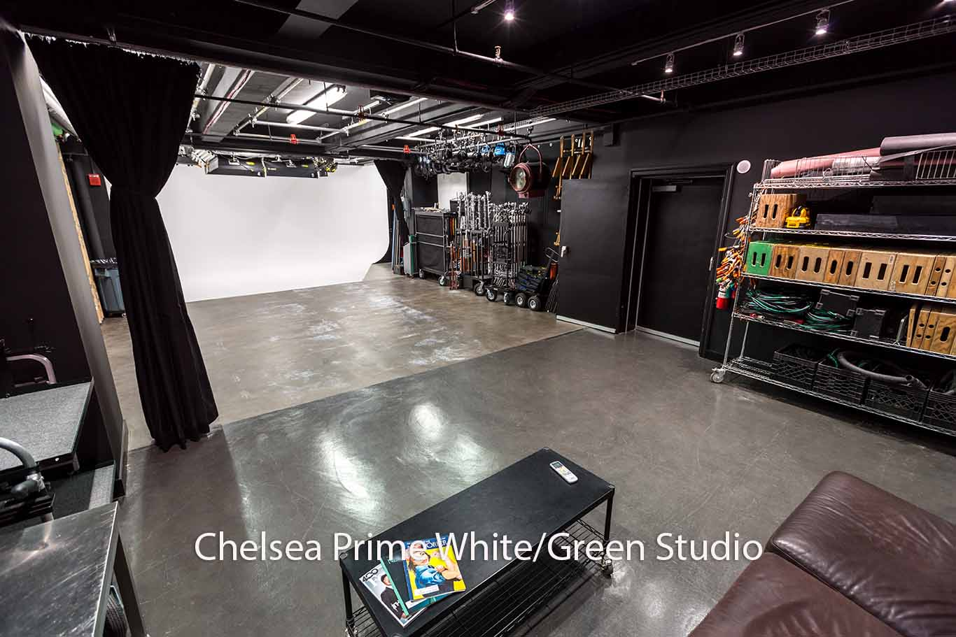 Chelsea Prime White/Green Studio