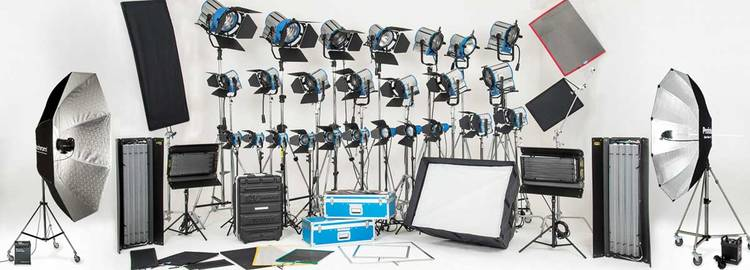 White Cyc Brooklyn: Lighting gear in Brooklyn Prime Sound Stages