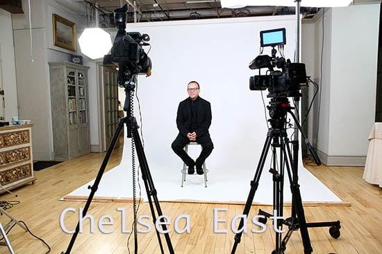 Chelsea East White Seamless- white Cyc studio