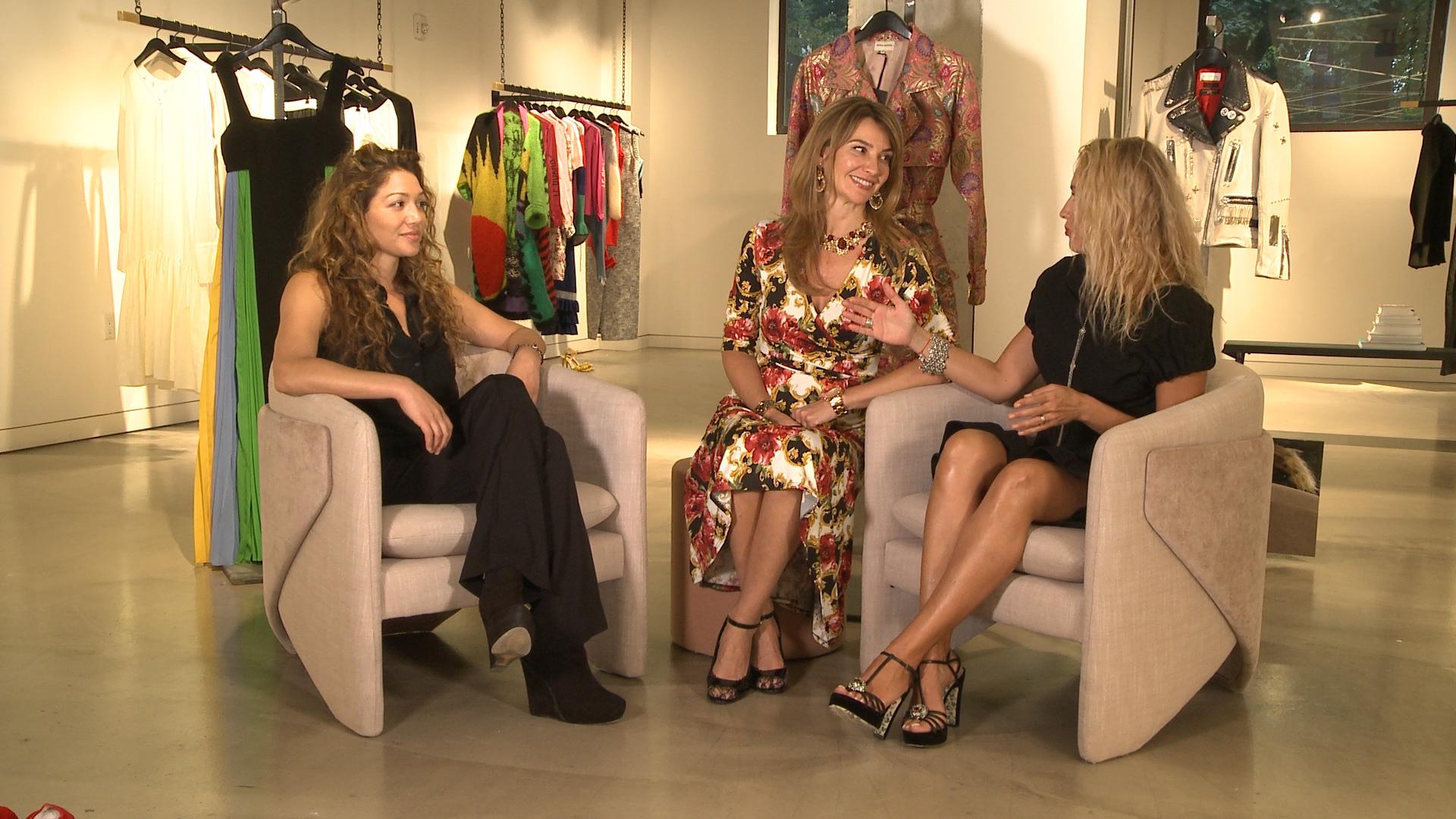Fashion Week Live Stream - three women in chairs