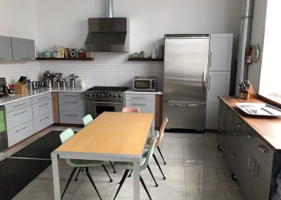 Shoot Kitchen rental, Downtown Brooklyn studio - table and chairs - fridge