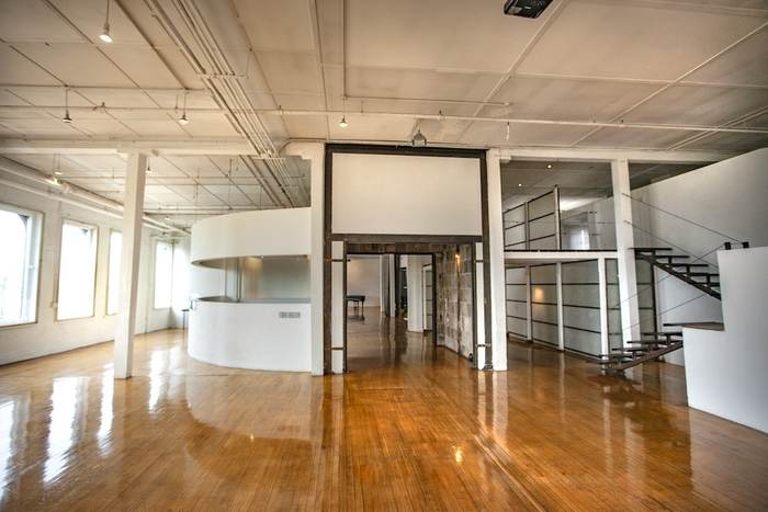 Film Location: Loft & Event Space, NYC 212-219-1075 6