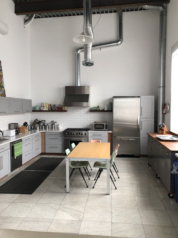 Shoot kitchen with tall ceilings