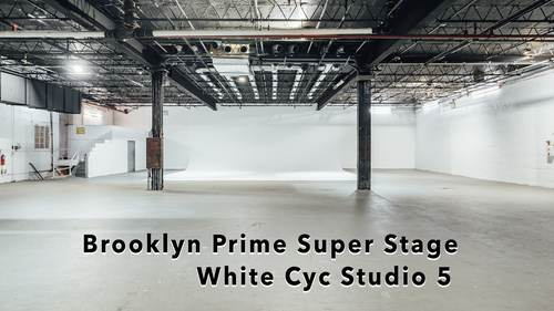 Brooklyn Prime Super Stage:Huge production space, Brooklyn Prime - columns white walls