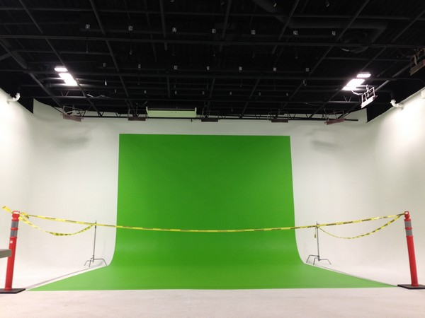 Large white cyc drive-in video studio NJ