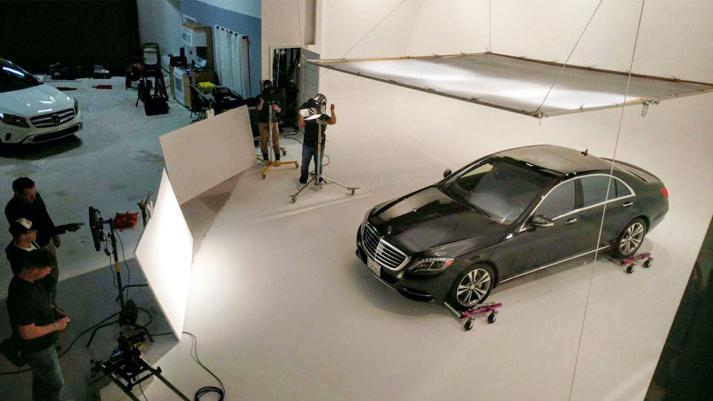 Large White Cyc Drive-in Studio with a Car Image