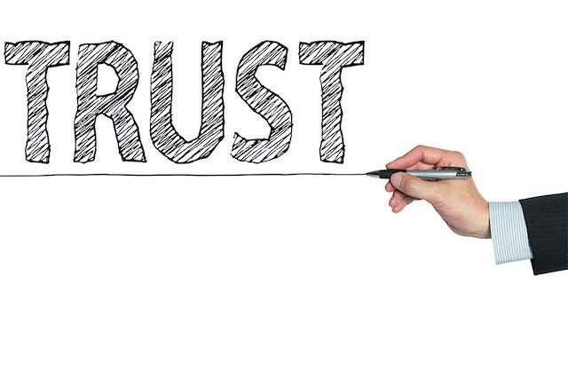 Live Streaming Politics, Trust