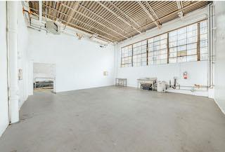 Green Screen Studio   White Cyc Brooklyn 212-219-1075 38