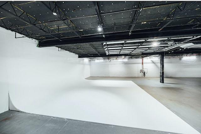 Green Screen Studio | White Cyc Brooklyn 212-219-1075 7
