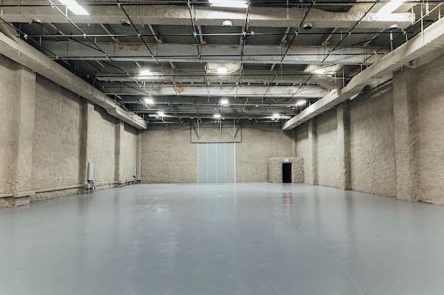 Green Screen Studio   White Cyc Brooklyn 212-219-1075 54