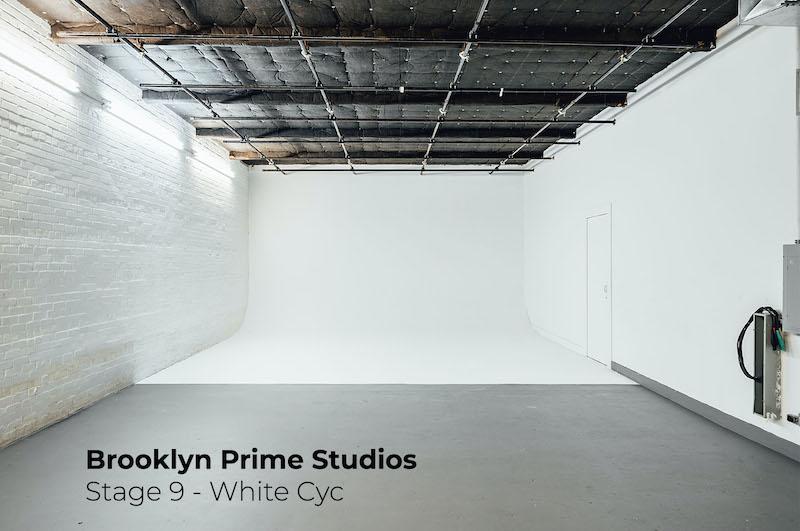 Green Screen Studio   White Cyc Brooklyn 212-219-1075 45