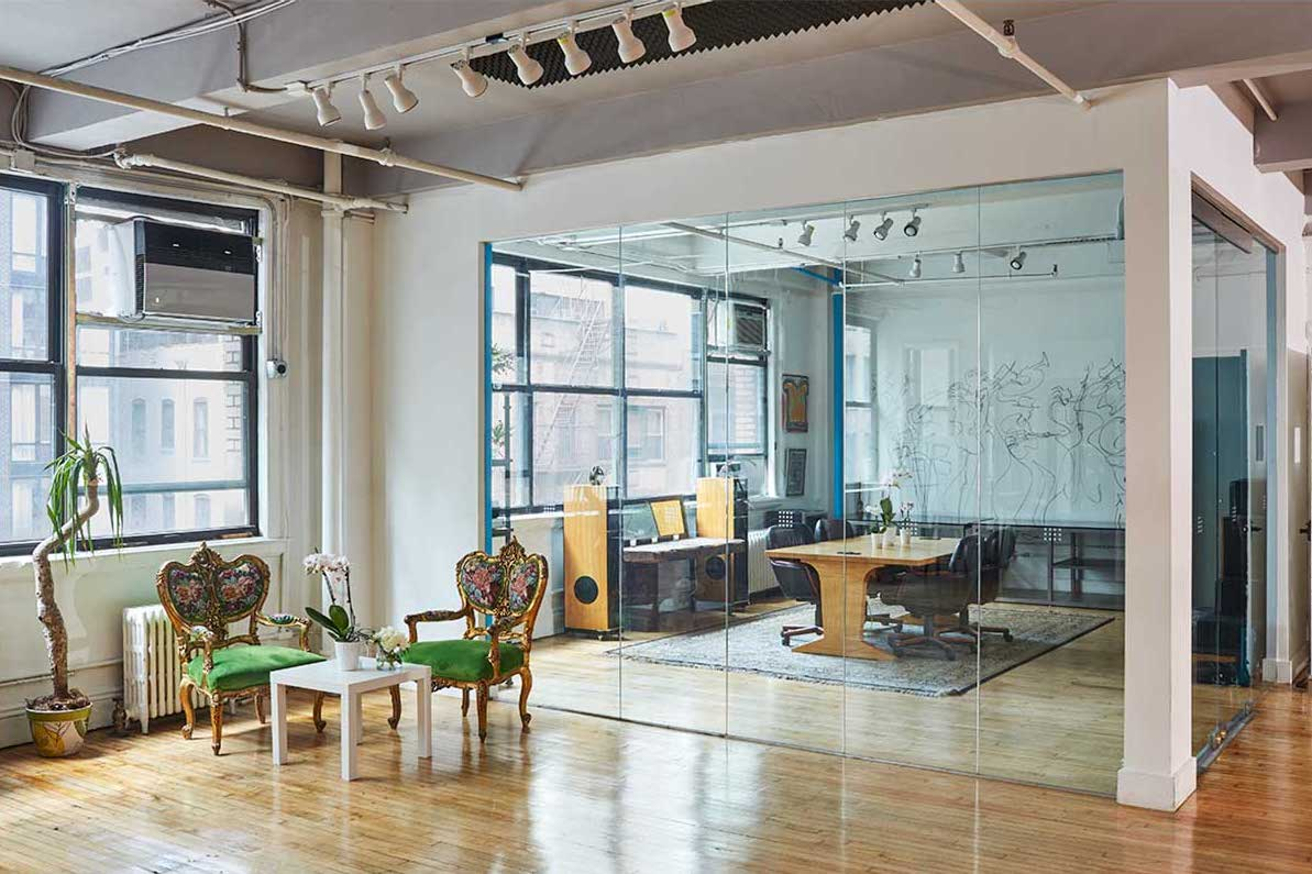 chelsea 26th street studio d green room
