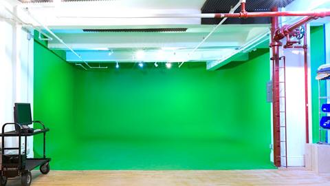 Chelsea 26th Street Studio D Green Cyc
