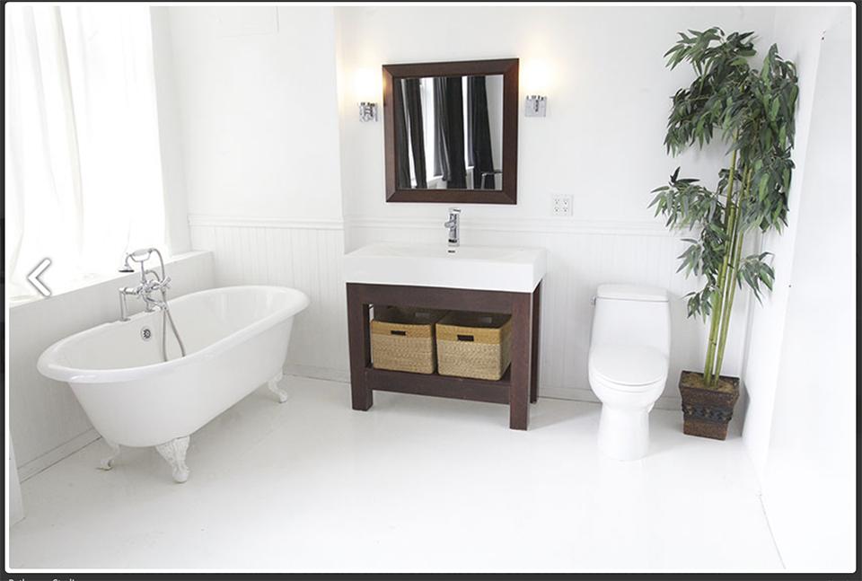 Shoot-In Bathroom NYC Studio