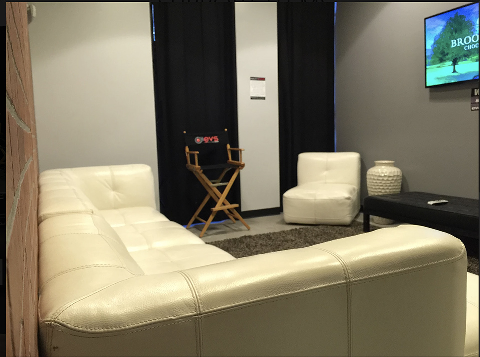 Victory Studios LA | Green Screen & White Cyc Stages 1
