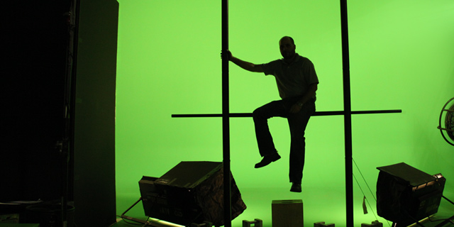 "Best Brooklyn Green Screen Studio ""Man on pipe Frame"""